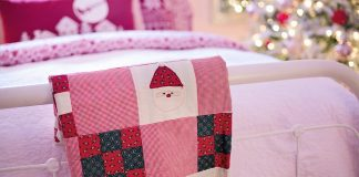 Christmas themed quilt bed sheet